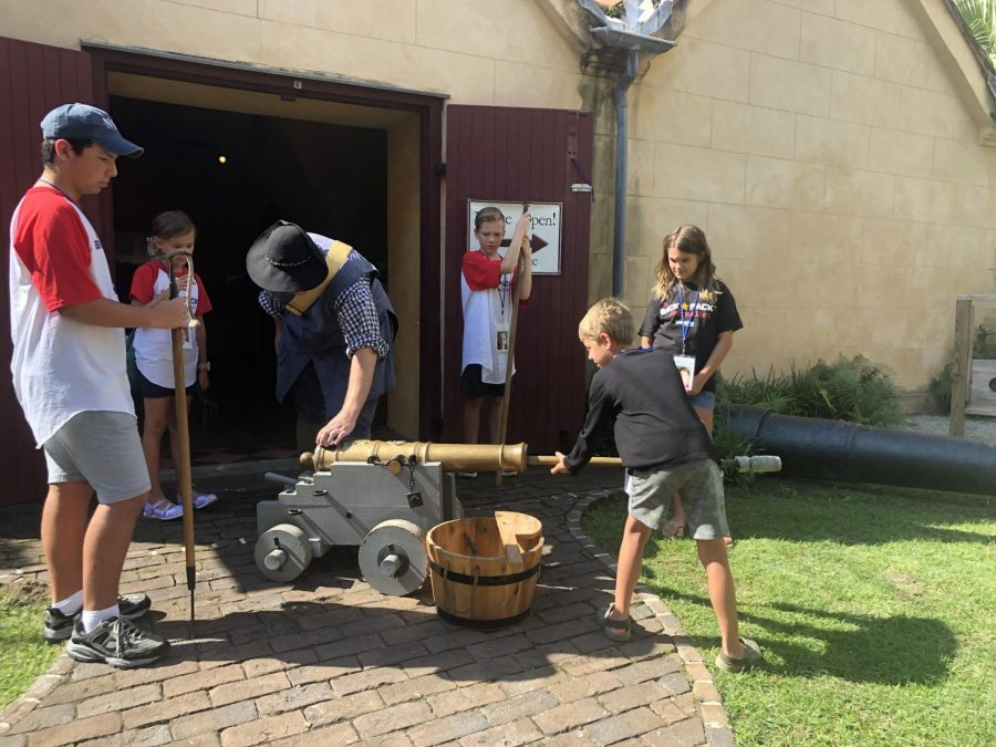 Powder Magazine!  Backpackers learned how the Colonists loaded a cannon!